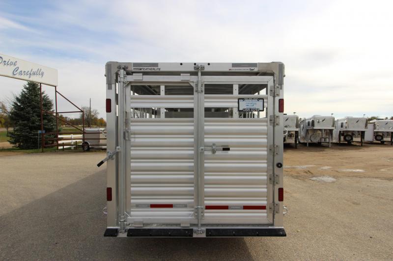2019 Featherlite 8127 30 GN Livestock Trailer