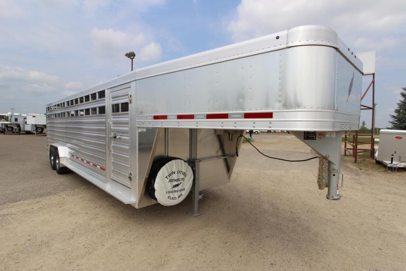 "2019 Featherlite 8127 7'6""(W) x 26'(L) Livestock Trailer"