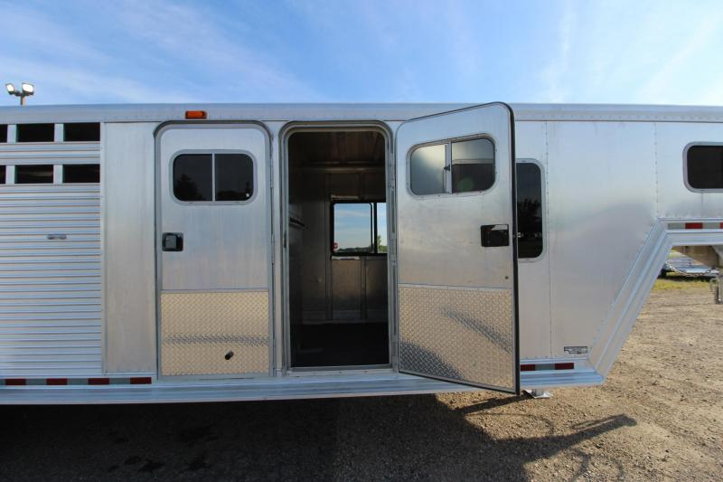 1996 Barrett Trailers 4HR GN with MT Horse Trailer