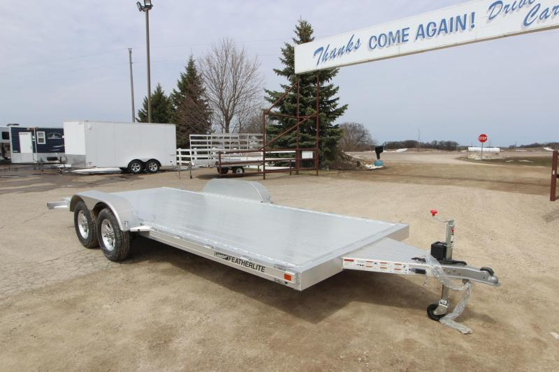 2020 Featherlite 3182 18 Car / Racing Trailer