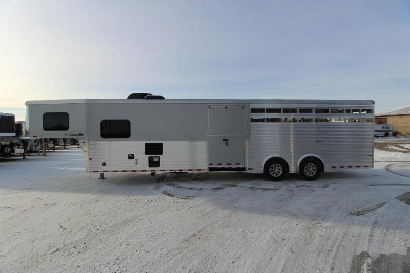 2019 Sundowner Trailers 15 Stock/Combo 10 LQ MT Horse Trailer