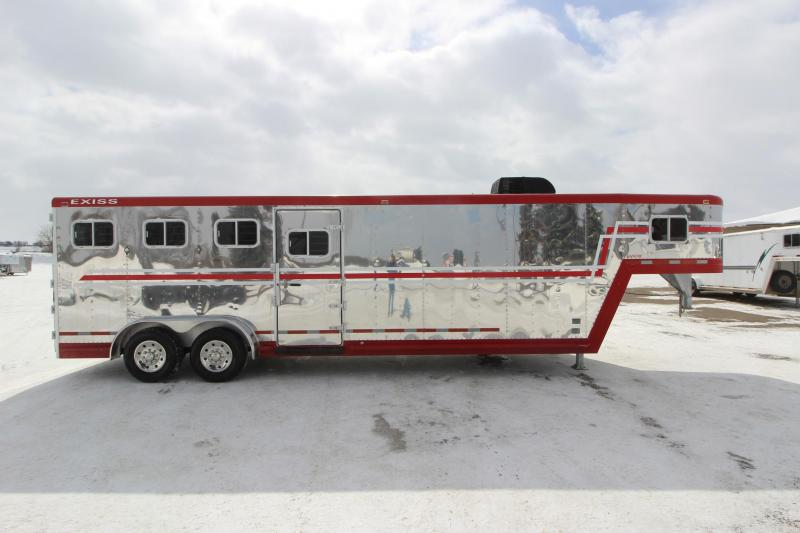 1996 Exiss Trailers 4HR GN with MT Horse Trailer