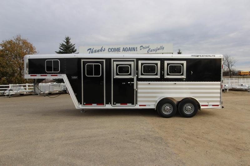 2018 Featherlite 8542 3HR GN Horse Trailer
