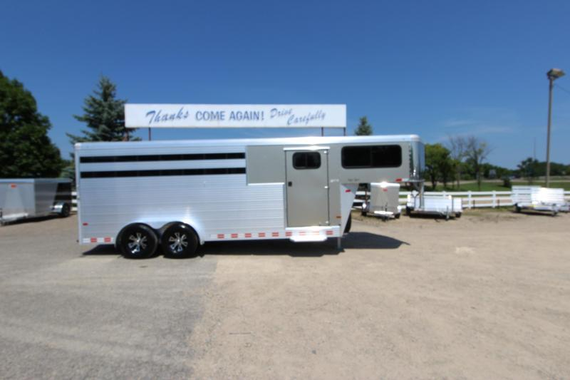 2016 Sundowner Trailers Super Sport 4HR GN Horse Trailer