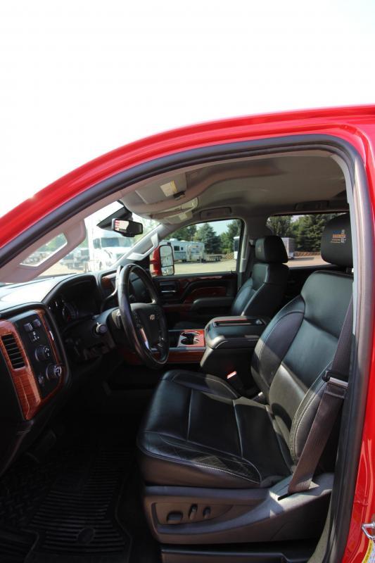 2015 Chevrolet 2500 HD Western Hauler Truck