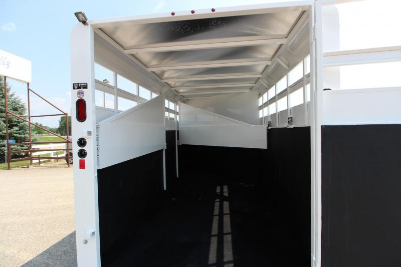2019 Trails West Manufacturing Adventure 3HR GN Horse Trailer