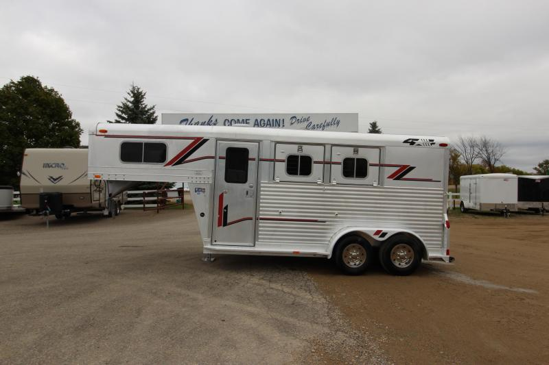 1999 4-Star Trailers 2HR GN Horse Trailer
