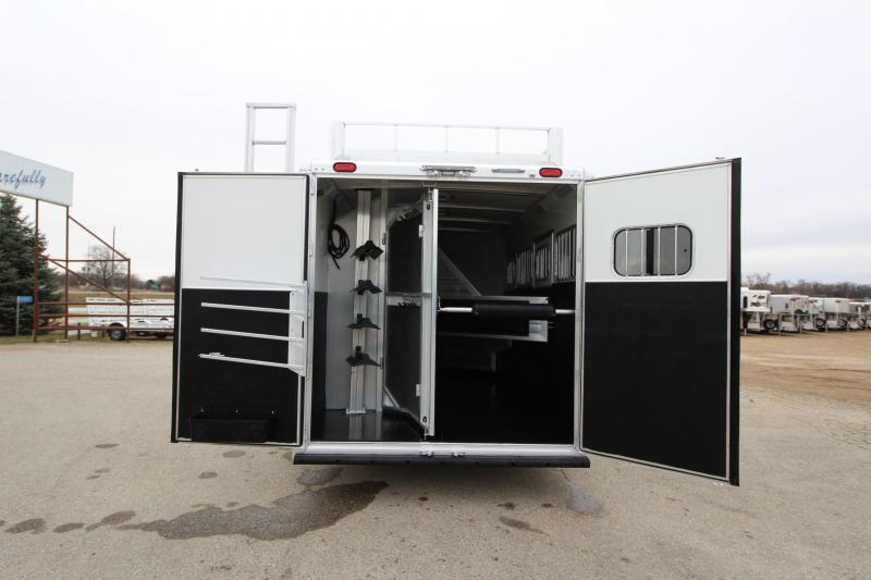 2015 Cimarron Trailers 4HR 13 LQ Horse Trailer