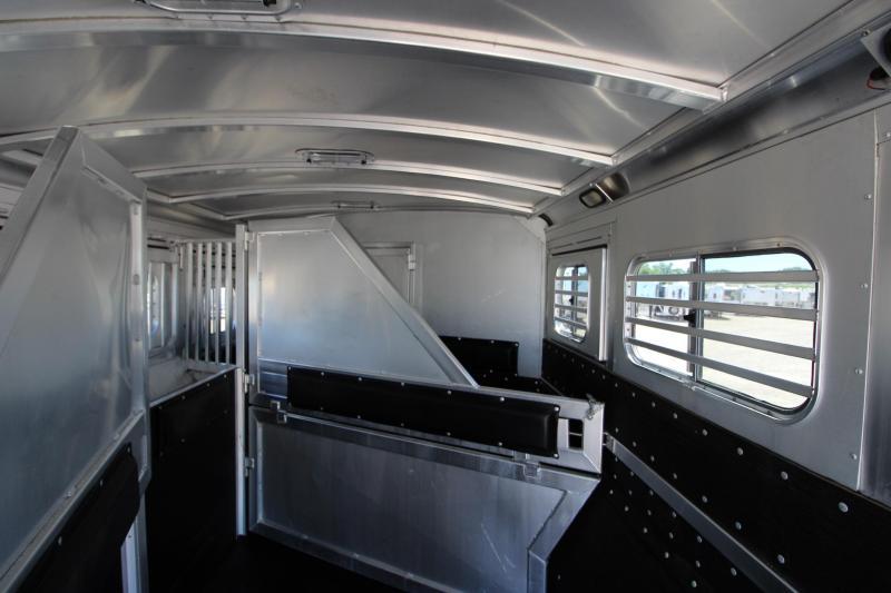 2011 Platinum Coach 4HR 10 LQ Horse Trailer