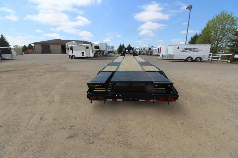 2015 Big Tex Trailers 22GN 35 5' Equipment Trailer