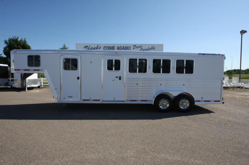 2008 Featherlite 8546 4H Horse Trailer