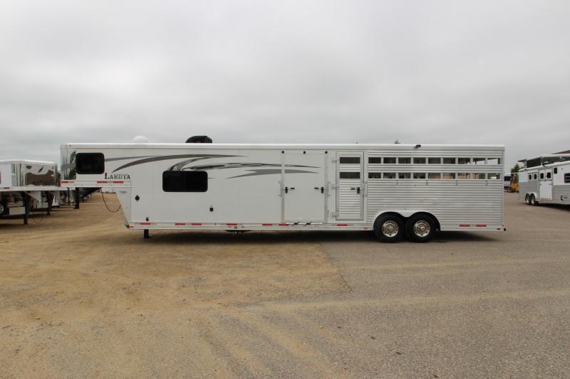 2016 Lakota Trailers Stock Combo 10 LQ MT Horse Trailer