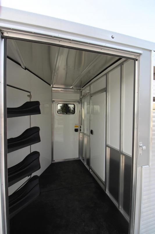 2019 Sundowner Trailers 15 stock/combo 10 LQ MT Horse Trailer