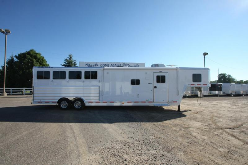 2017 Featherlite 9821 4HR 13.5 LQ Horse Trailer