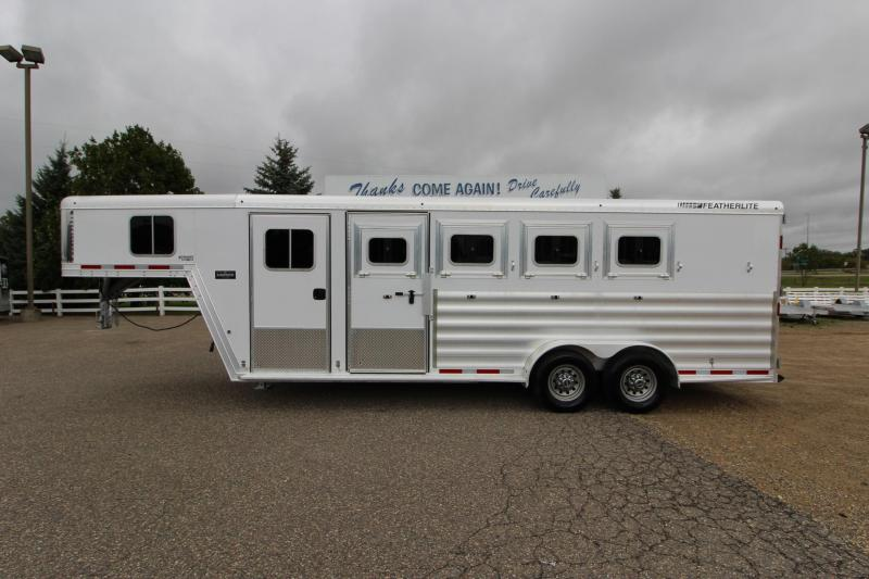2015 Featherlite 8542 4HR GN Horse Trailer