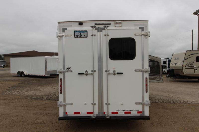 2014 Dixie Star 2HR BP 5 LQ Horse Trailer