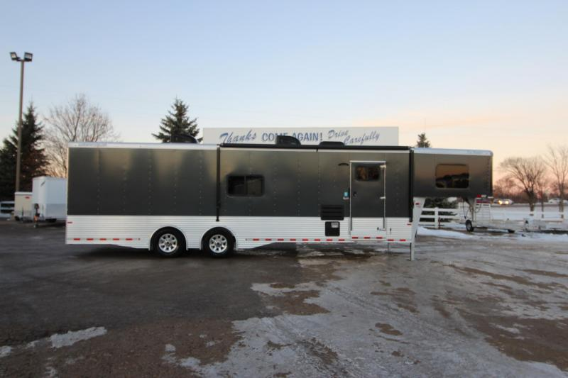 2017 Sundowner Trailers 28 Toy Hauler