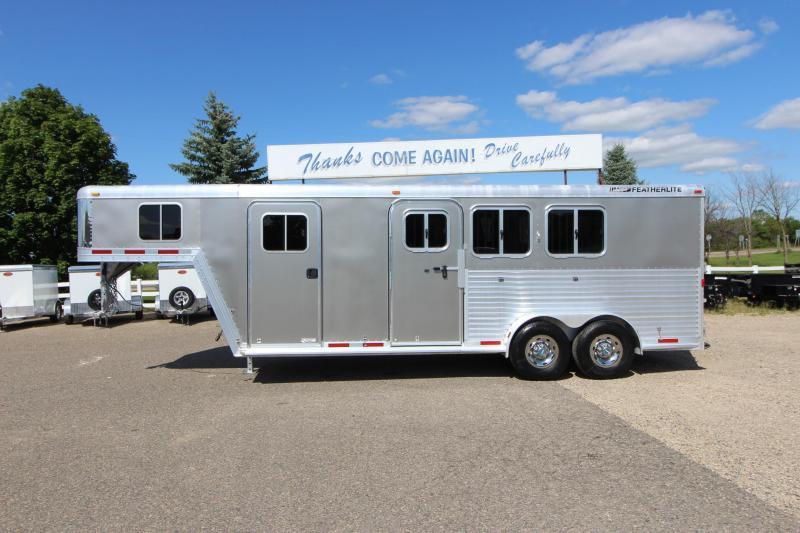 2006 Featherlite 3HR 6' D/R Horse Trailer