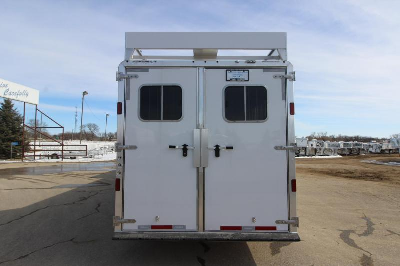 2018 Featherlite 9821 Liberty 4HR GN 17 LQ Horse Trailer