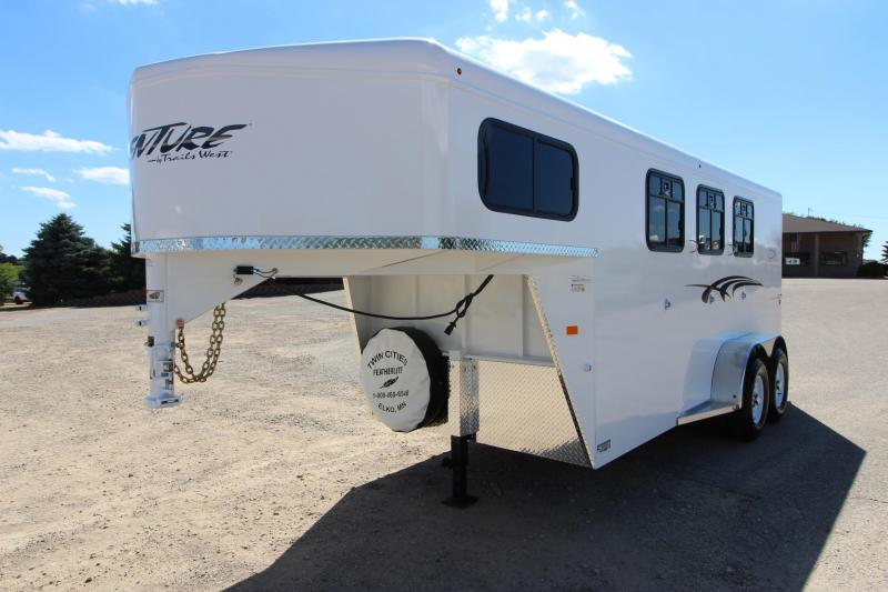 2019 Trails West Manufacturing Adventure MX 3HR GN Horse Trailer