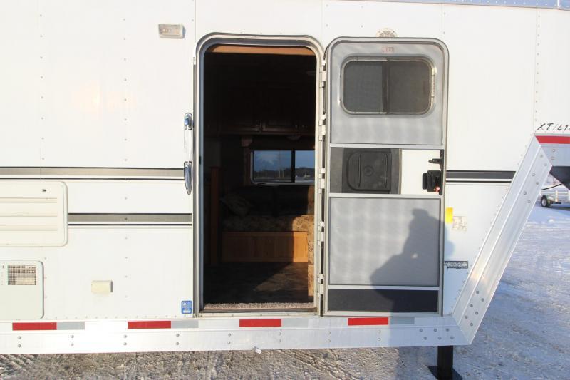 2006 Exiss Trailers 4HR 14 LQ Horse Trailer