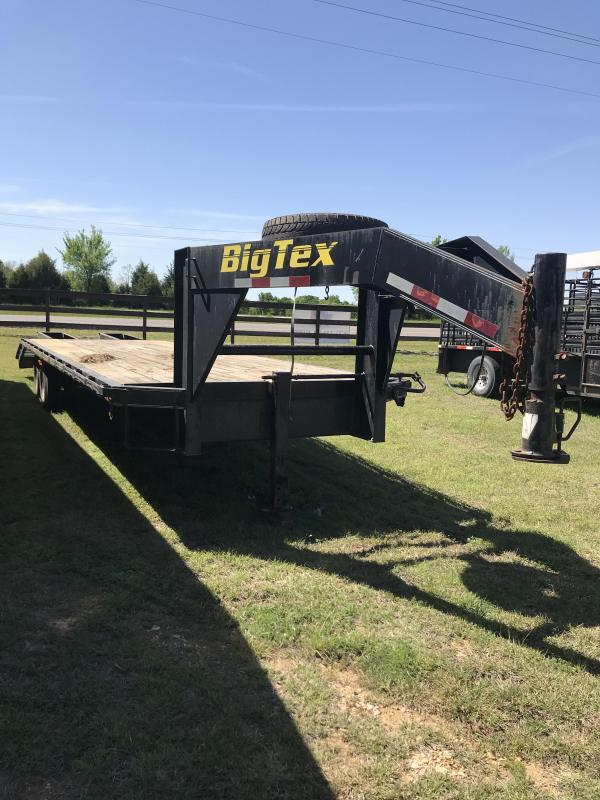 2001 Big Tex Trailers 14GN-24 Flatbed Trailer
