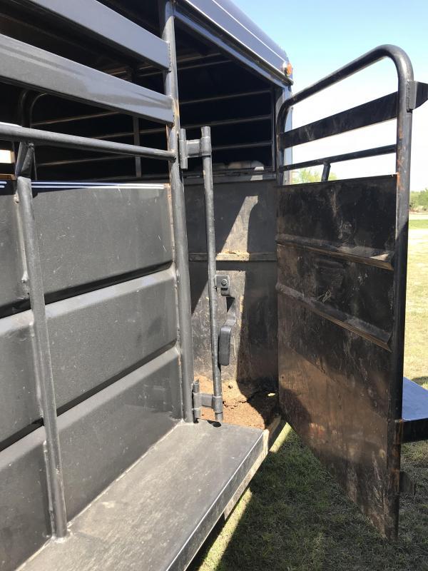 2018 Delco Trailers GM6X1617K Livestock Trailer