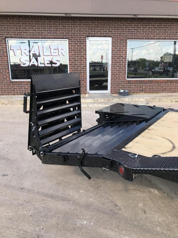 2018 Iron Bull ETB0222072 Equipment Trailer