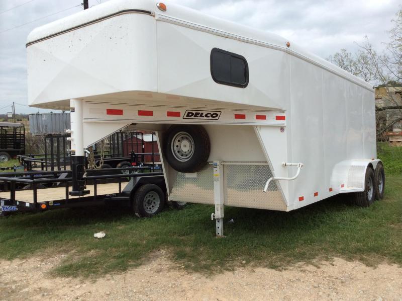 2018 Delco Trailers 16 Gooseneck Cargo Enclosed Cargo Trailer