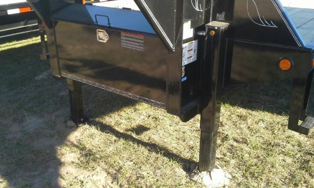 2019 Load Trail 102X40 HYDRAULIC DOVE TAIL - AIR RIDE