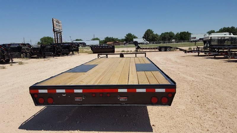 "2019 Load Trail 102""x 24' 14k Deckover Bumper Pull w/ 8' Ramps"
