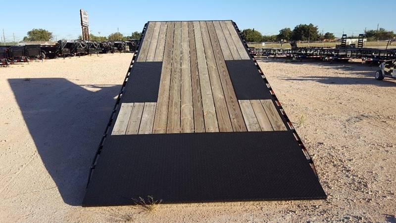 """2019 Load Trail 102"""" x 24' Deckover Tilt 14k"""