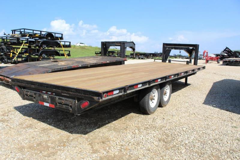 2001 Bales Flatedbed Trailer