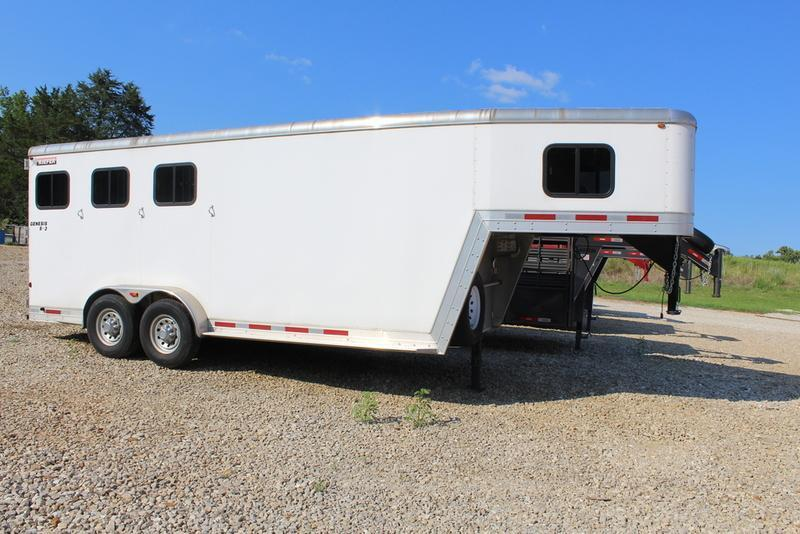 2012 Kiefer Horse Trailer