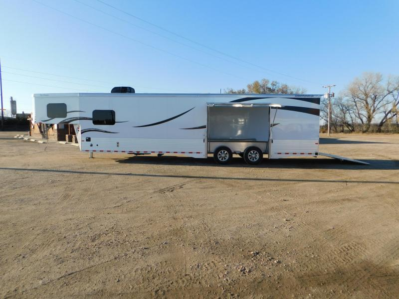 2019 Sundowner 1786GM 40' Toy Hauler w/LQ
