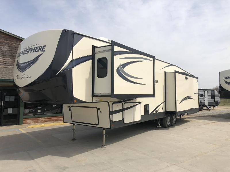 2019 Forest River Salem Hemisphere 295BH Travel Trailer