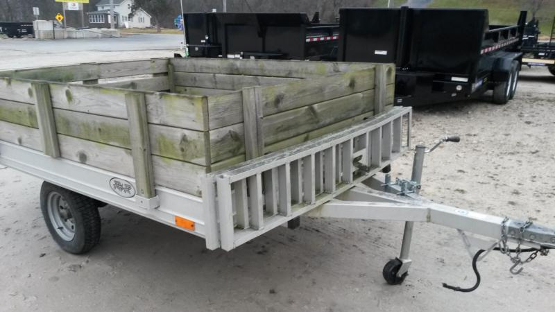 2000 R & R 68QT Snowmobile Trailer 3K