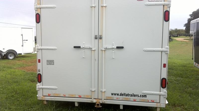 2015 Delta Manufacturing 8X20 Gooseneck Cargo Enclosed Cargo Trailer