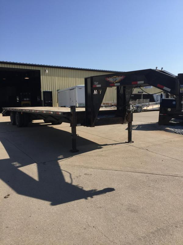 2015 H and H Trailer 25+5 GN 20K Equipment Trailer