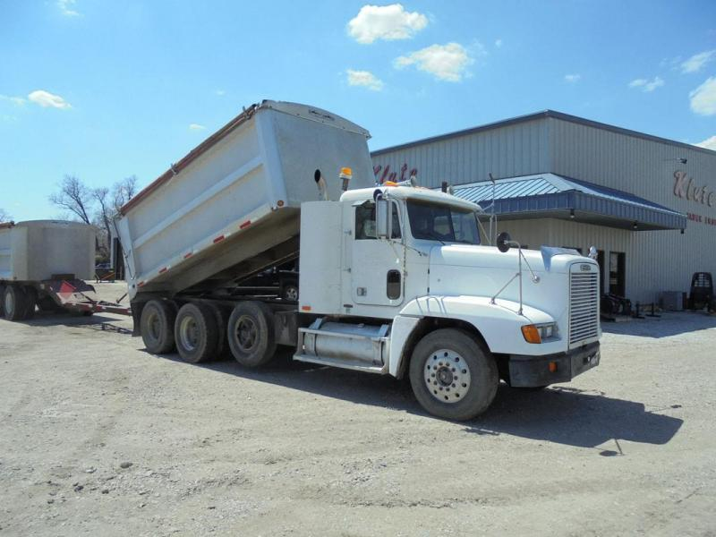 Used 1991 Freightliner Truck and Pup Series 60