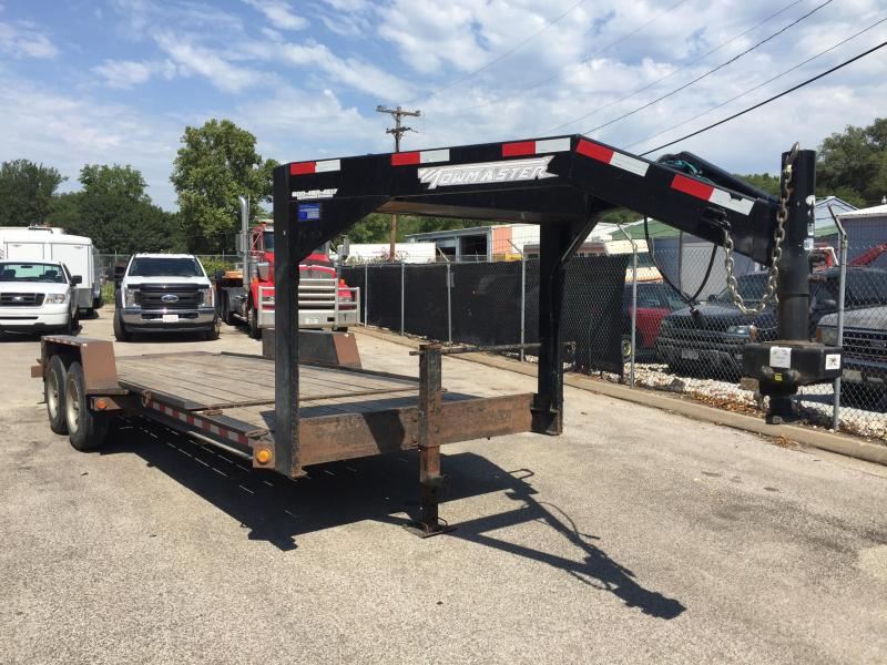 2013 Towmaster Trailers 18+4 GN Gravity Tilt Equipment Trailer