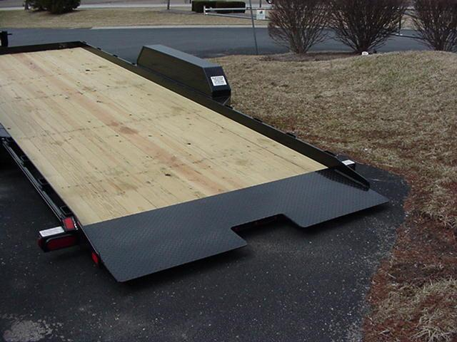 CornPro UT-20-AT 5K Full Bed Tilt Utility Trailer
