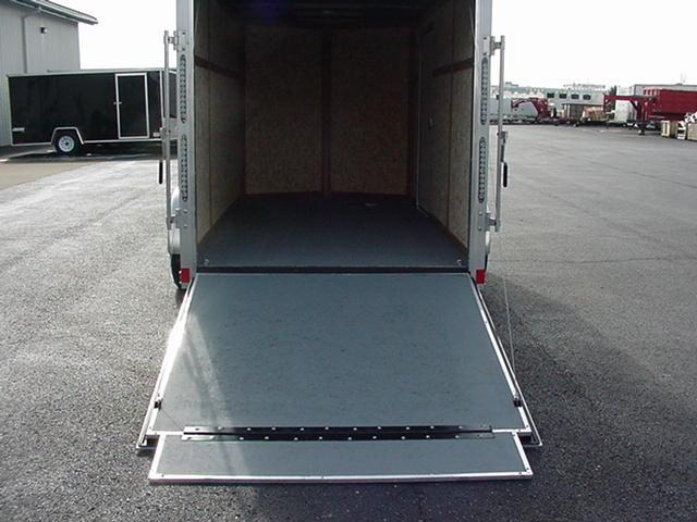 "Haulmark HMVG612S 5000 6'x12' V Nose w/ Ramp +6"" Height TwoTone"