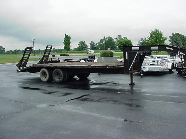 1997 Hurst Trailers 185 20K GN Flatbed Trailer