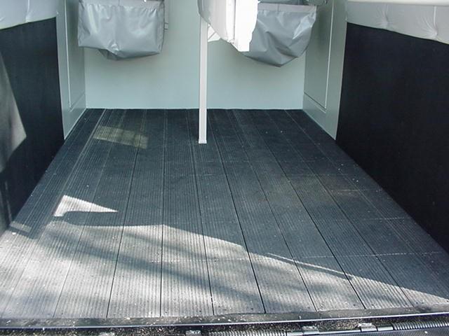 Hawk Custom Classic Warmblood Size Straight Load-Dress Room-Ramp-Rumber Floor