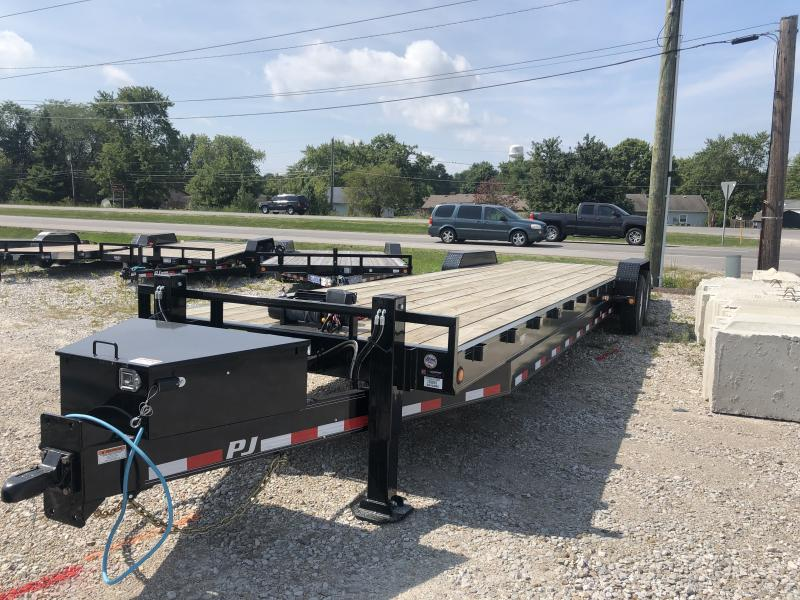 2020 32' (28+4) TA PJ Trailers C8322 Equipment Trailer - Slide In Ramps - Oil Bath Axles (GVW:  16000)