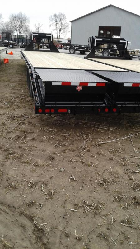 2019 102x35(30'+5' Dovetail) PJ Trailers FD352 Equipment Trailer - Classic Flatdeck with Duals - Monster Ramps (GVW:  25000)