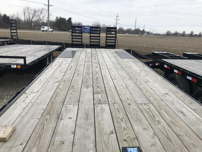 2019 102x26(22+4' Dovetail) PJ Trailers F8 Flatbed Trailer - w/ 3 Flip-over Ramps (GVW: 14000)