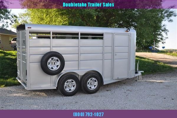 Calico 3H BP Slant Load Horse Trailer