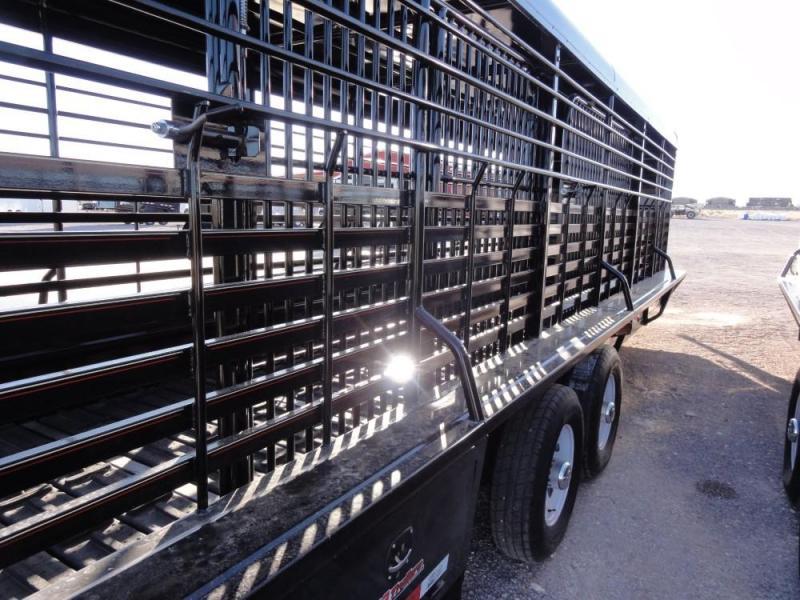 "6'8"" x 24 Tandem Axle Gooseneck Stock Trailer @ Red Barn Trailers"